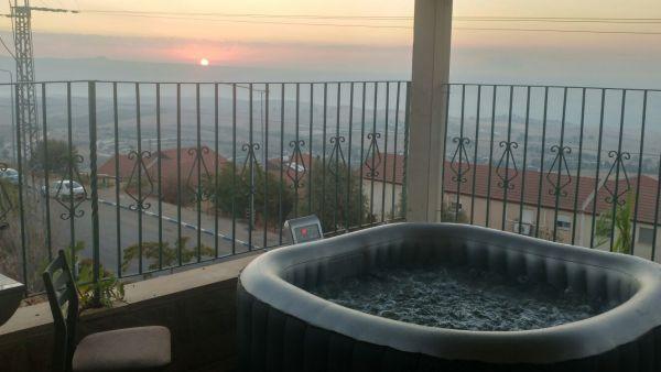 צימרים פנטהאוז זריחה בנוף כנרת - לחופשה מרעננת בגליל עליון
