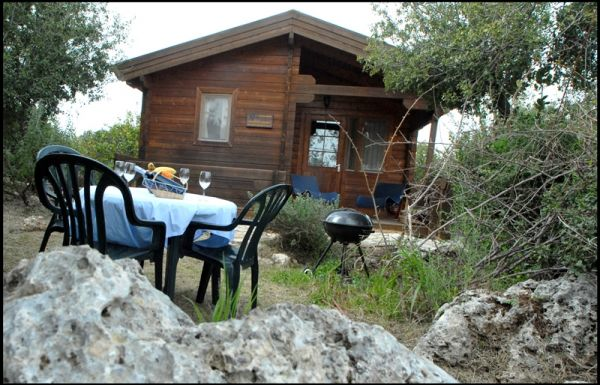 צימרים הבקתות של מרי - לחופשה מרעננת בגליל המערבי