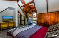 צימרים יוקרתיים | בית עץ עם נוף לכנרת ברמת הגולן והכנרת