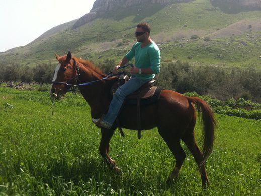חלום עולמי - טיולי סוסים - חוויה  במושבה מגדל