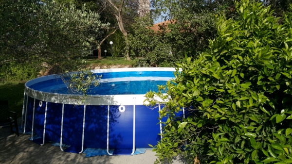 צימרים בוסתן יווני - לחופשה מרעננת במישור החוף